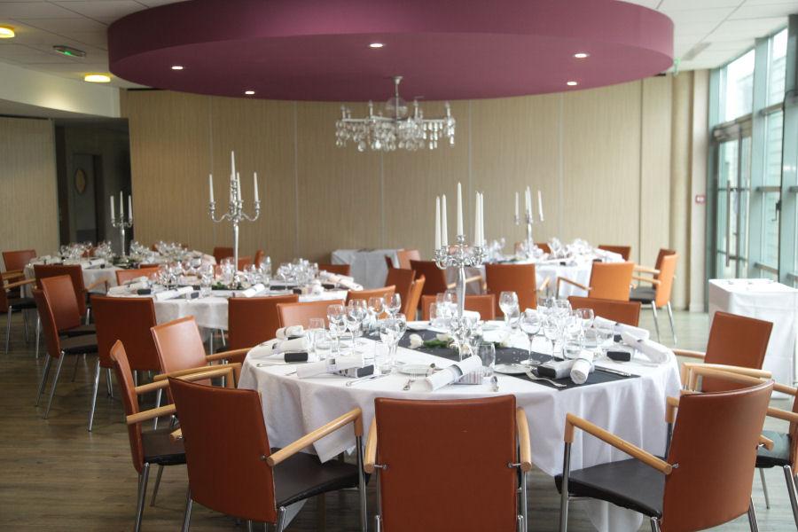 Projet lyc ens citoyens savoir faire et m tiers h tellerie restauration - Mise en place table restaurant ...